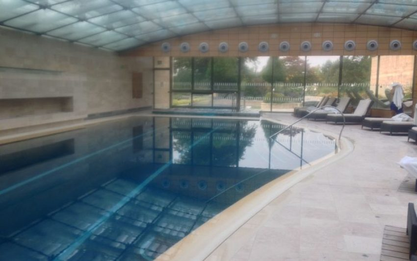 lucknamp park spa review, indoor pool