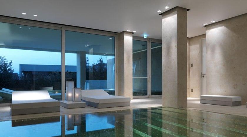 C Hotel Spa, near Lake Como, Italy. Minimalist design at cheap prices. Rooms start at 79 Euros