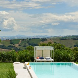 Ca Mattei, beautiful villa rental in Le Marche, Italy for 11 people. View with sunbed