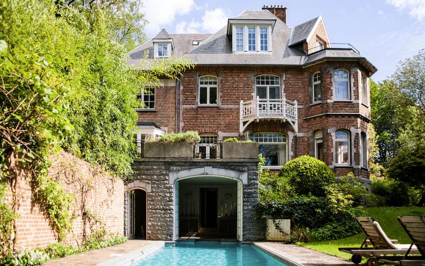 maison-chantecler-outdoor-pool