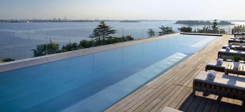 marriott-venice-pool