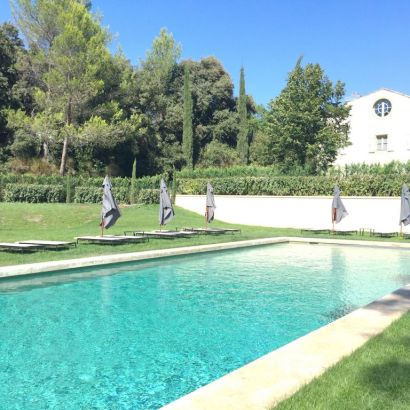 Domaine de Fontenille, boutique hotel in Provence. The pool