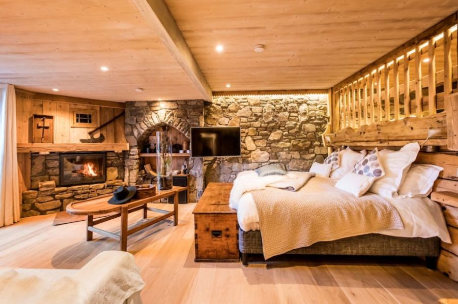 Maison des Bois, the new hotel restaurant by Michelin star chef Marc Veyrat. Luxury, gastronomy and ski in the French alps