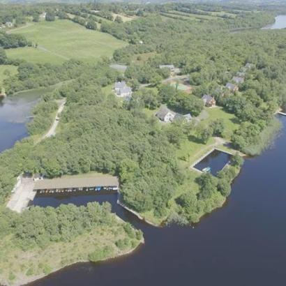 """Finn Lough, a country estate in Ireland with lodges for families and romantic """"bubbles"""" for couples. Go explore what it has to offer"""