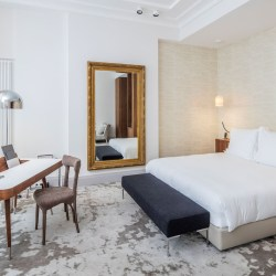 Yndo hotel, a luxury boutique hotel in Bordeaux. Lovely place to explore this fabulous city