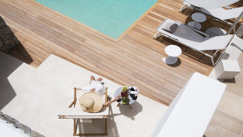 Kensho hotel Mykonos. A new luxury boutique hotel with pool in Greece. Discover more stylish hotels in this post.