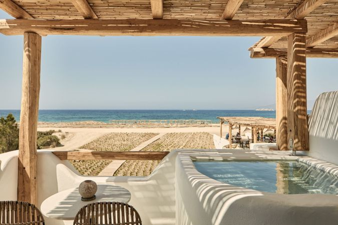 Naxian on the beach, a beach hotel in Greece. Many other ideas of chic boutique hotels in Greece in this post.