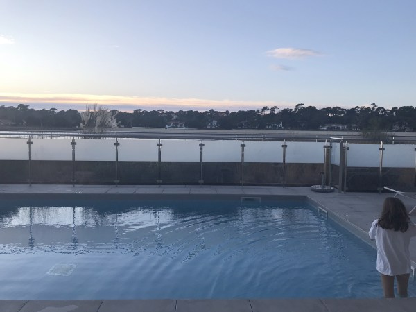 The heated pool by the lake Villa Seren, Hossegor, a new hotel with heated pool. Read the full review