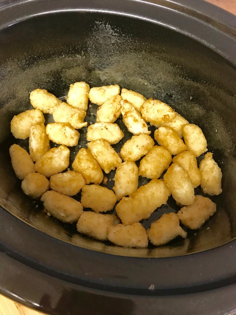 Crock-pot Hamburger Casserole | crock-pot recipe | easy meal | dinner meal | dinner recipe | hamburger casserole | casserole meal | family dinner recipe | ground beef recipe |