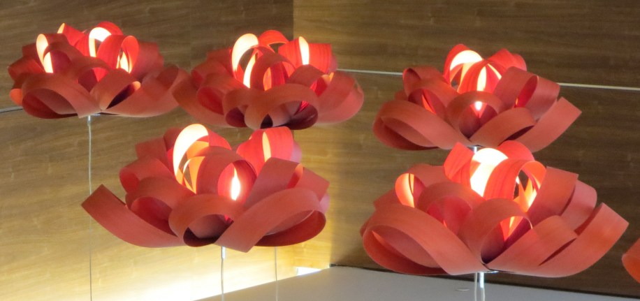 red flower lamps upside