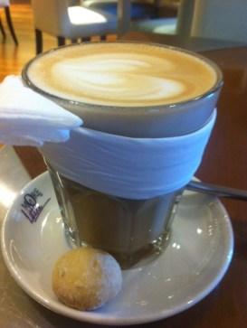 Dubai. Coffee at More Cafe