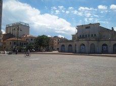 Largo Porto Giulio nel primo pomeriggio.