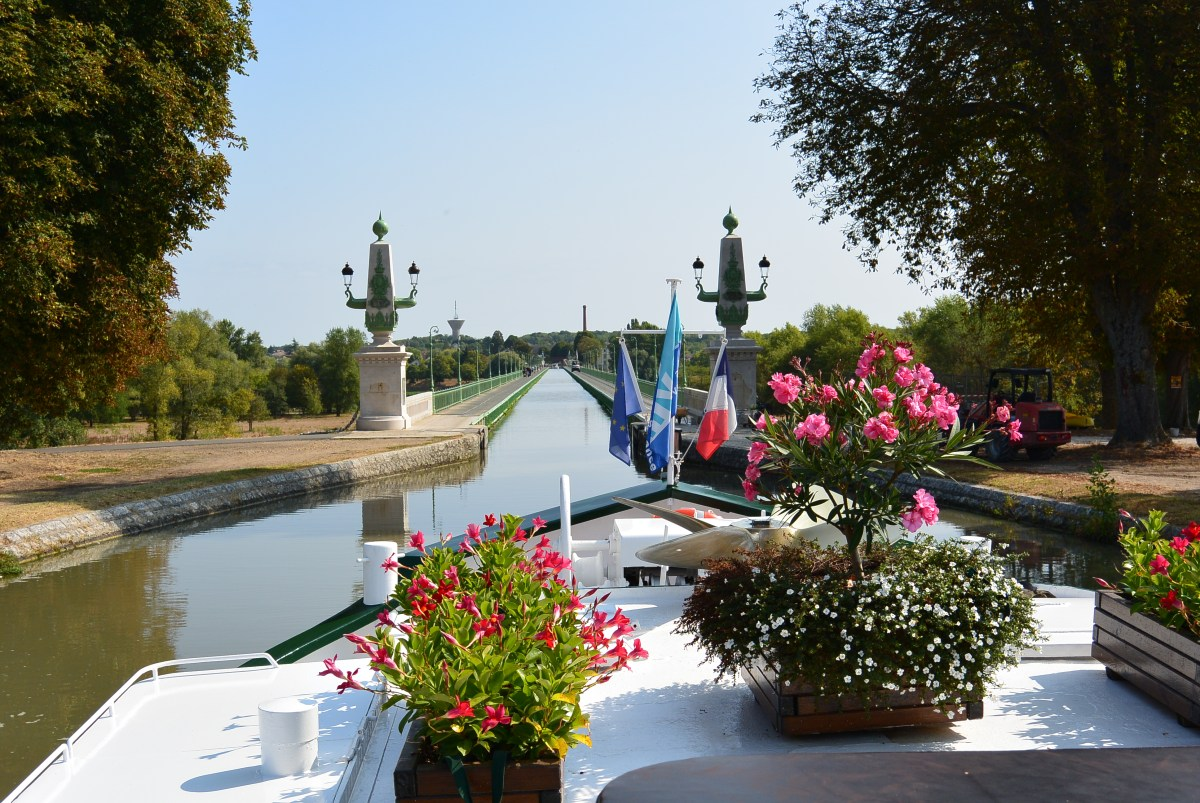 An Anniversary Cruise in the French Countryside on the 6-passenger Meanderer Barge