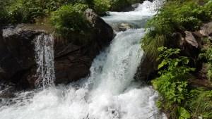 Ascoltare il rumore del torrente è così rilassante
