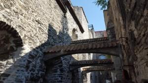 Sotto le arcate del Passaggio di Santa Caterina