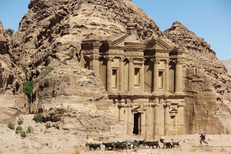 monastero a petra