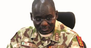 Army posts, promotes senior officers