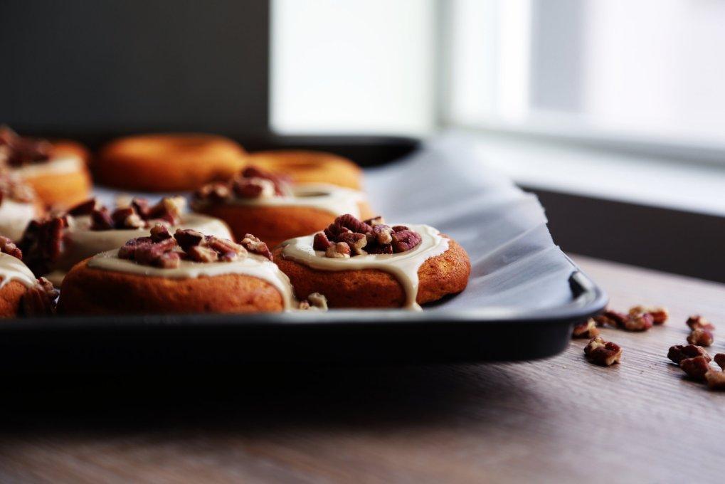 Gluten-Free & Vegan Pumpkin Doughnuts with Maple Pecan ICing