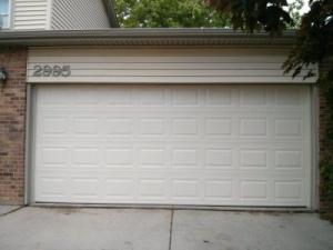 Non-Insulated Steel garage door