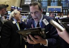 Bad Day For Bank Stocks Drags Down Indexes; Dollar Drops