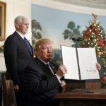 Trump Flouts Warnings, Declares Jerusalem Israel's Capital