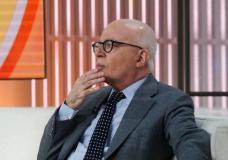 """Author Michael Wolff is seen on the set of NBC's 'Today' show prior to an interview about his book """"Fire and Fury: Inside the Trump White House"""" in New York City, U.S., January 5, 2018. REUTERS/Brendan McDermid"""