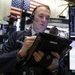 U.S. Stocks Tumble On US-China Trade Jitters, Oil Price Slide