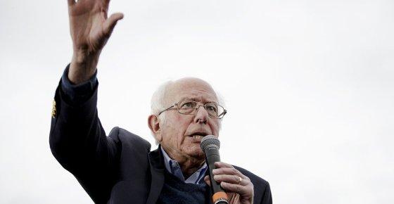 Worried Democrats Rush To Slow Front-Runner Sanders