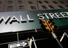 Wall Street Drifts Following Mixed Data On Global Economy