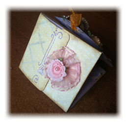 Petit album gagner sur le forum Ambiance so Shabby Merci Galigane