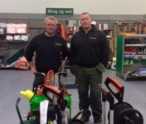 Hallgeir Ulvik og Einar Arne Hyndøy gleder seg til å ta imot kunder i nybutikken!