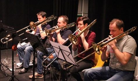 Trombonerekka lover trøkk under vårens sving-konsert med Storbandet!