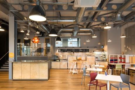 Reception & Cafe