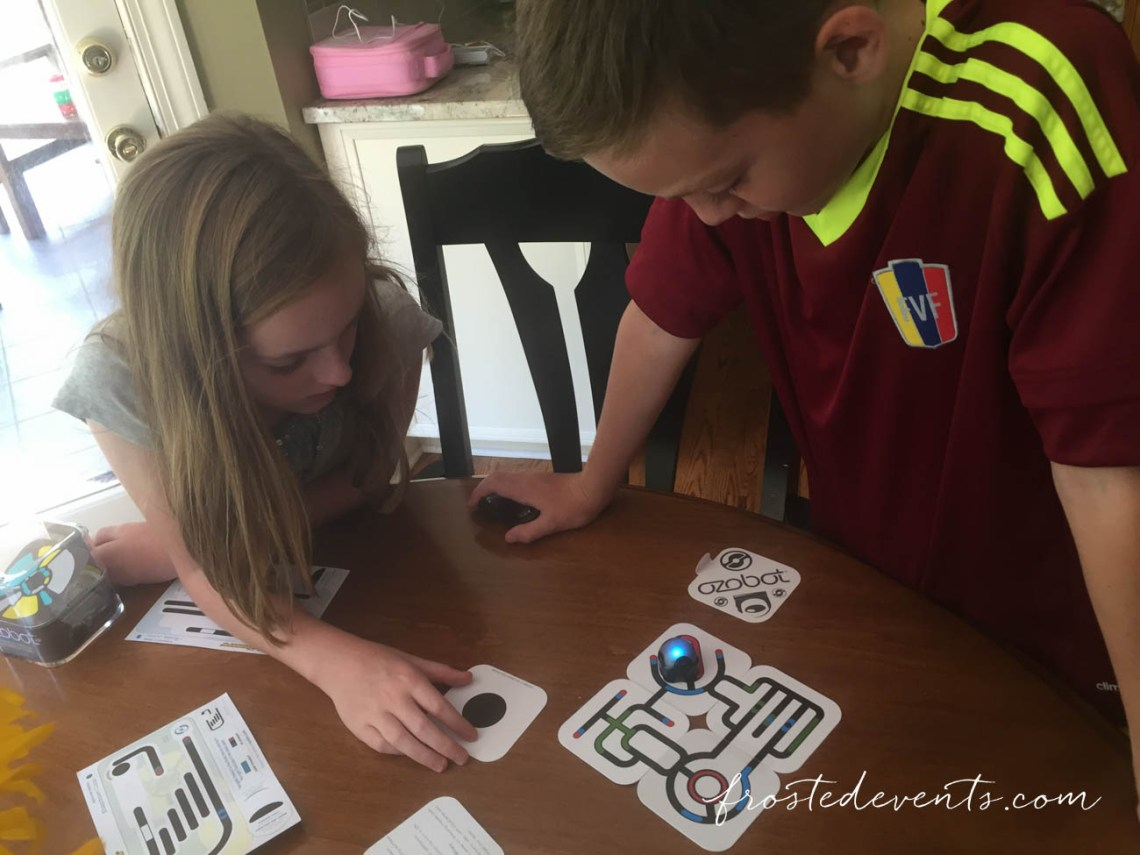 Best Stem Toys- Ozobot Review- A Programmable Robot Toy for Kids with Games and Apps