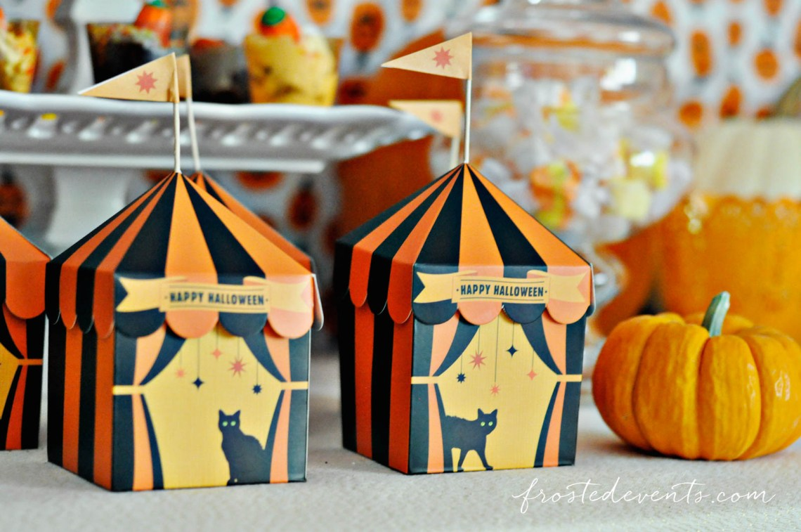 Halloween Party for Kids - Pumpkin Party ideas, halloween party treats, halloween desserts and more fun Halloween ideas via mom blogger Misty Nelson @frostedevents