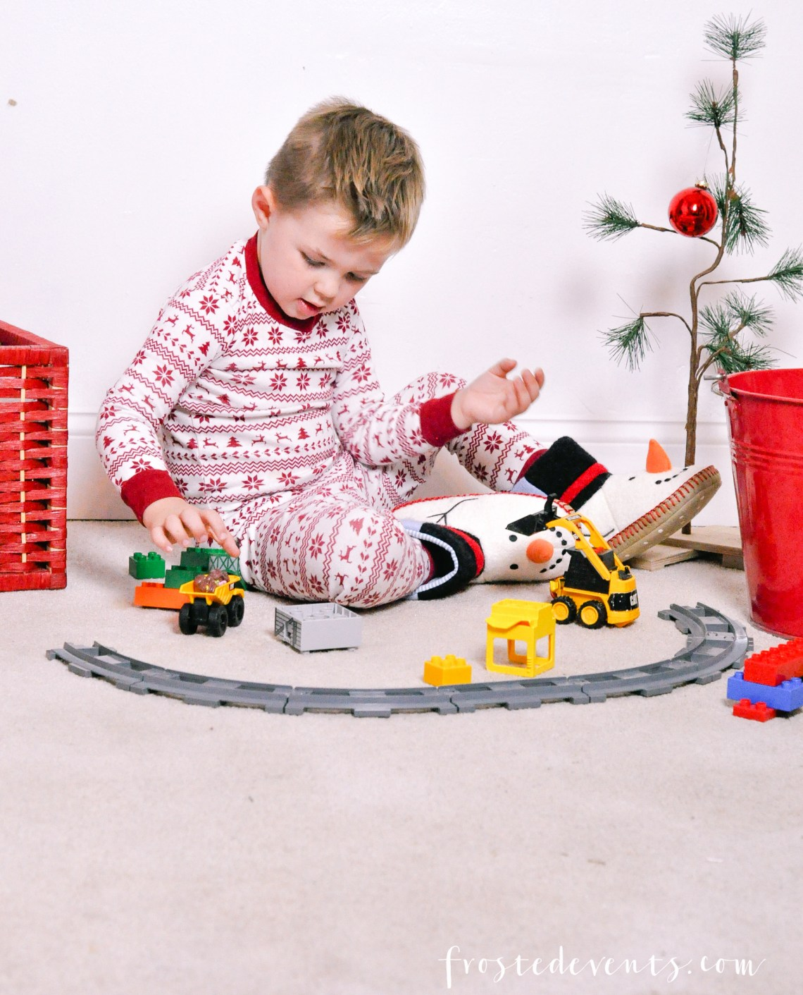 Holiday Traditions- Holiday Pajamas Christmas Stories and a few More of Our Favorites via Misty Nelson, @frostedevents mom blogger