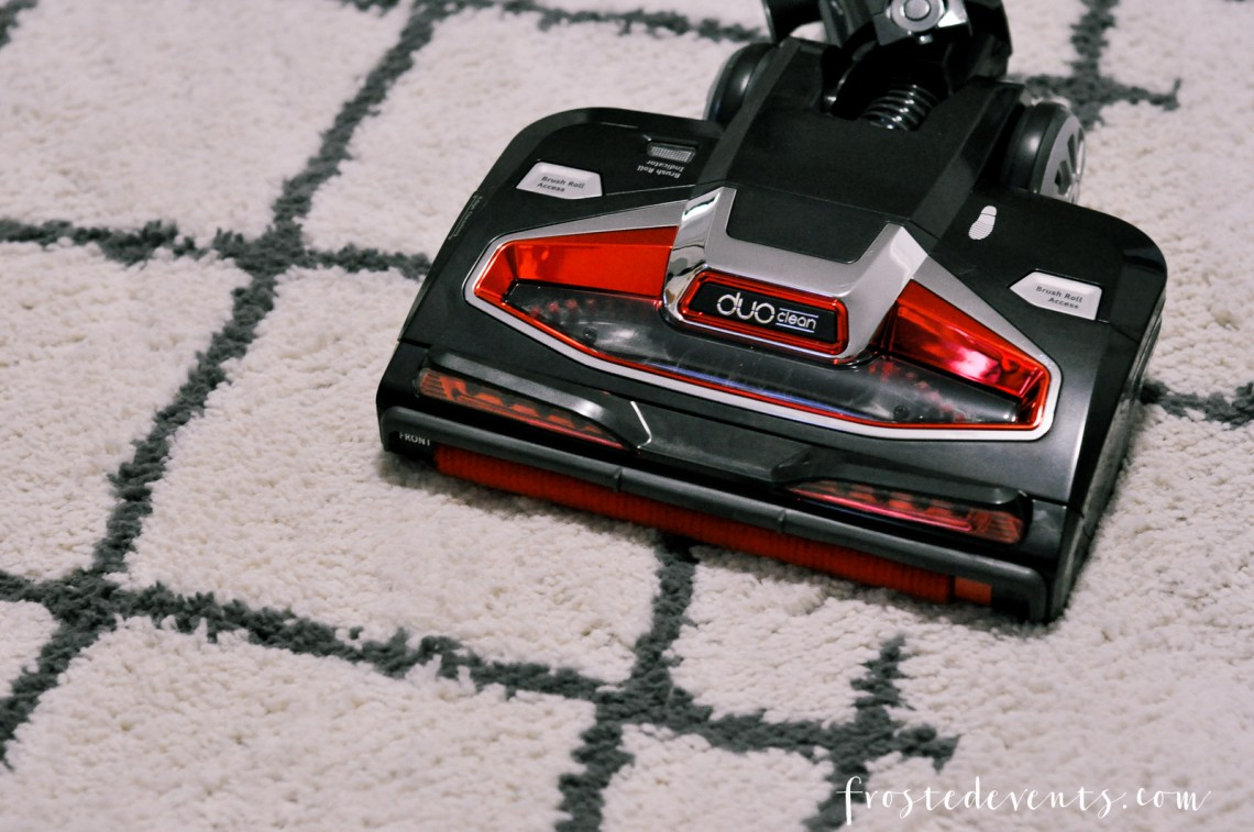 Best Vacuum Cleaner We've Tried - The Shark Rocket Complete with Duo Clean Technology Vacuum Cleaner Review by frostedMOMS mom blogger Misty Nelson