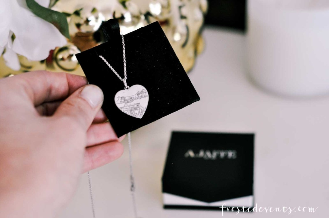 Mothers Day Gift Ideas -Mother's Day Gifts for Mom via Misty Nelson mom blogger at frostedMOMS blog @frostedevents