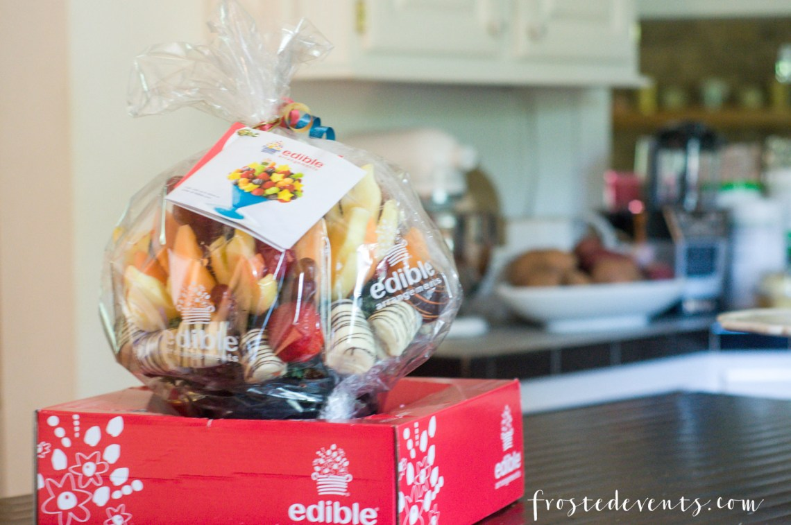 Father's Day Gift Ideas - Great Gifts for Dad via Misty Nelson, mom blogger at frostedMOMS blog Edible Arrangements Sizzlin Grill Collection