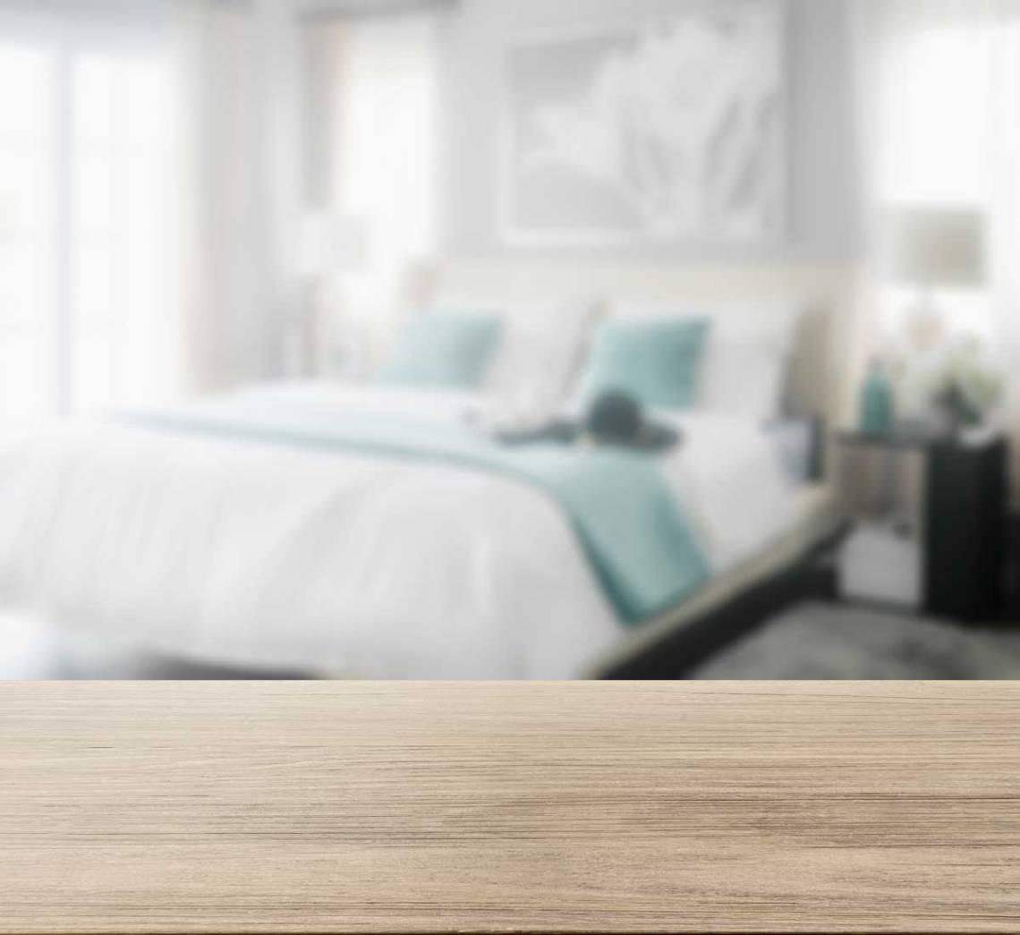 Dorm Room Essentials - College Student Checklist via frostedMOMS Printable Dorm Checklist