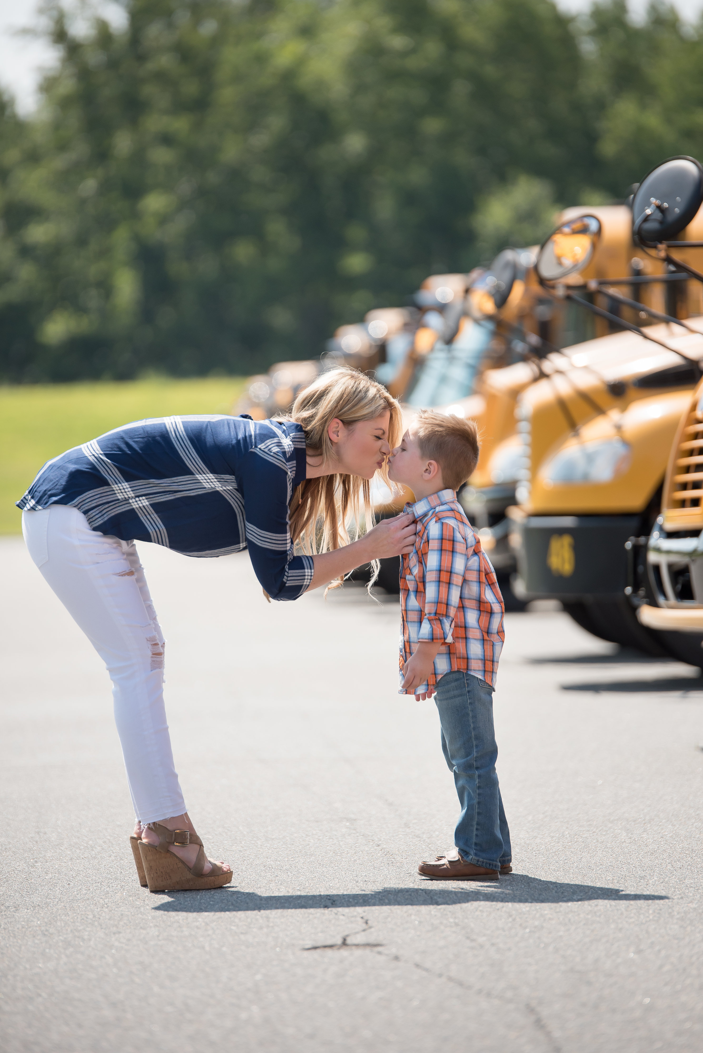 School Bus Safety Tips - Important Info Moms Need to Know