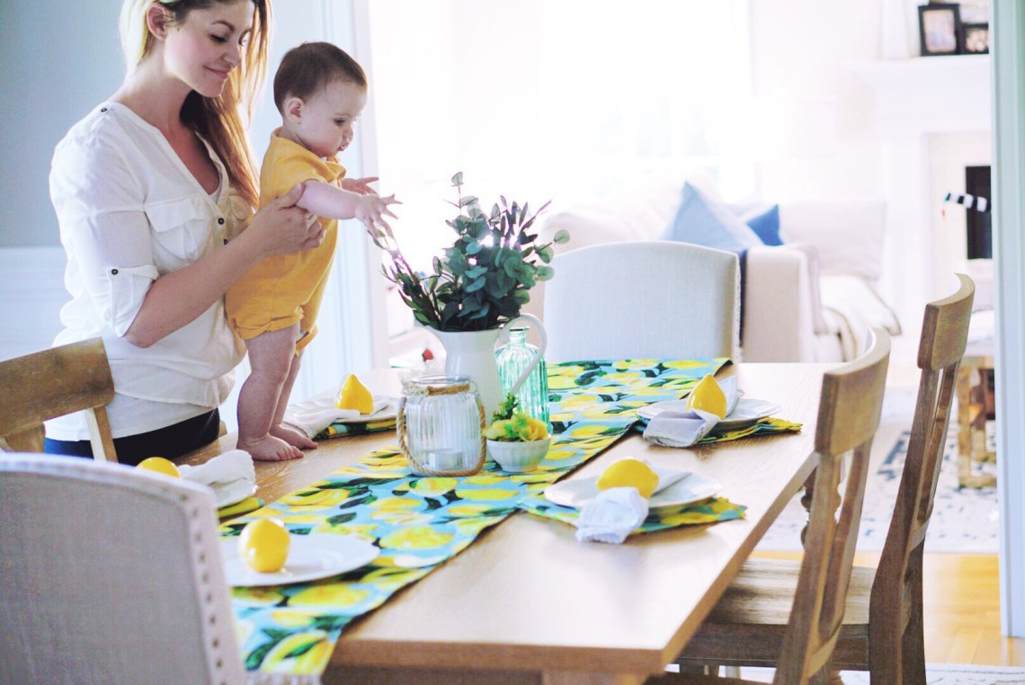 How to Create a Stunning Summer Tablescape - Home Decor Ideas and Dining Table DIY