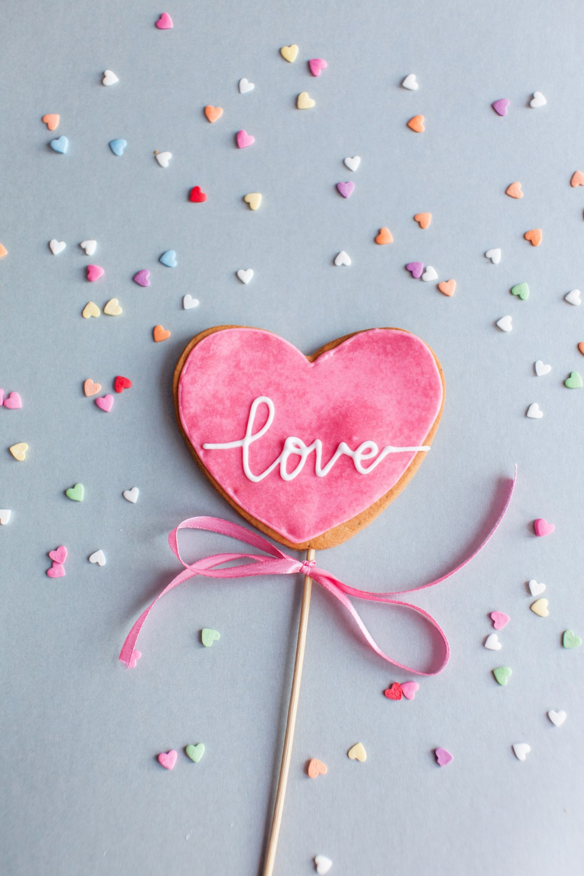 Valentines Day Treats - heart cookie pops