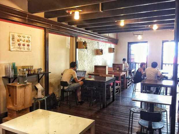 Drury Lane Café Singapore