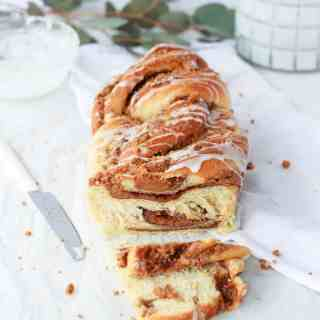 Cookie butter babka