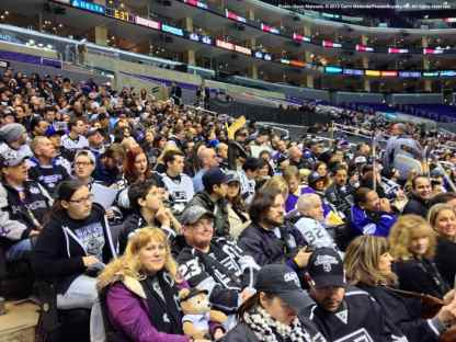 LA Kings Meet The Players-H20 - 4458