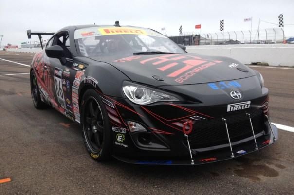 trd-frs-ksr-racing-lucas-oil