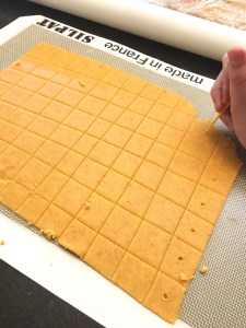 Cutting the gluten free crackers