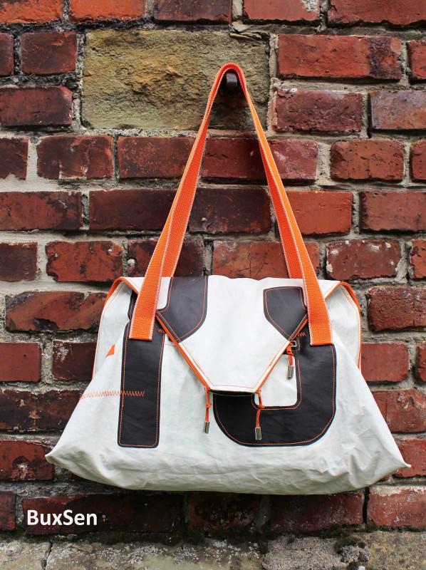 Tolle Hingucker Tasche nähen mit dem Schnitt Seashell aus der Taschenspieler 5 von farbenmix