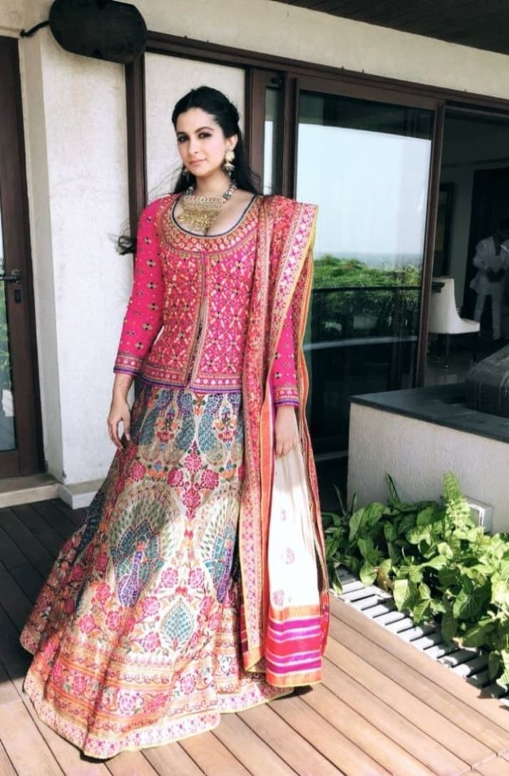 Best Sonams Wedding Sister Of The Bride Looks